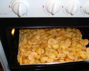 Как сушить груши в духовке?