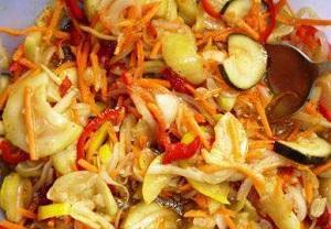 Вкусное лакомство из кабачков по-корейски